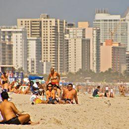 Der berühmte Strand von Miami Beach