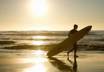 Yoga am Strand und Schnorcheln mit Haien
